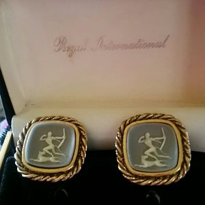 MYTHOLOGICAL VINTAGE MEN'S CAMEO CUFF LINKS